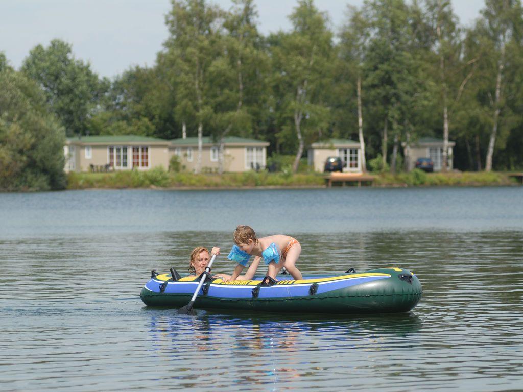 Bungalow cómodo en un agradable parque de recreo con varias instalaciones como piscina reconstrucción