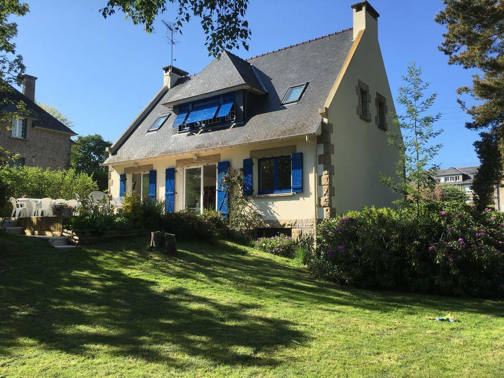 Residencia en Dinard con jardín