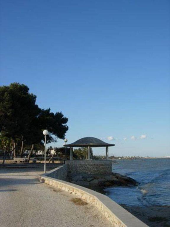 Casa familiar  cerca de la playa y zona muy tranquila