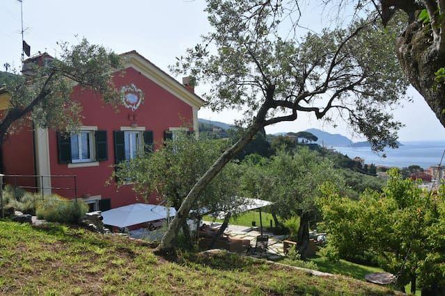 Equipada casa en Lavagna