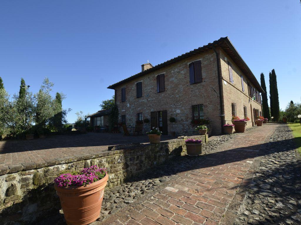 Piso turístico popular en Siena para 4 personas
