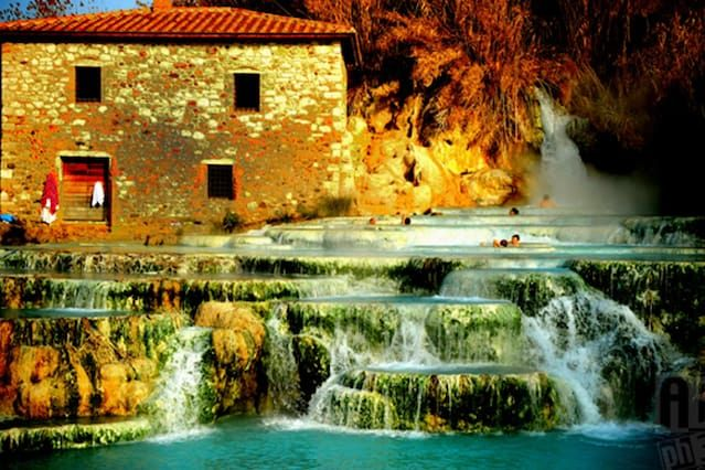 ROOMS in Saturnia historical center