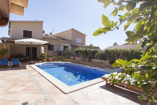 Alojamiento en Portals nous con piscina