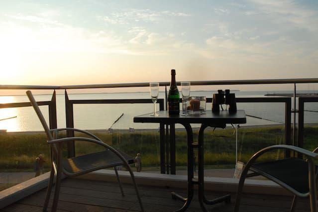 Ostseeblick ***** Bestlage deux balcons environ 20 m de la plage Vue panoramique sur l'océan **