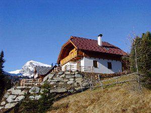 Exclusiva casa a 1700 metros sobre el nivel del mar, orientado al sur con vistas panorámicas