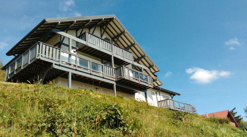 Gerardmer en chalet - balcón de esquina grande y vistas panorámicas - 2-5 pers