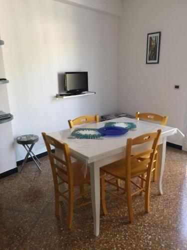 Alojamiento de 1 habitación en Noli