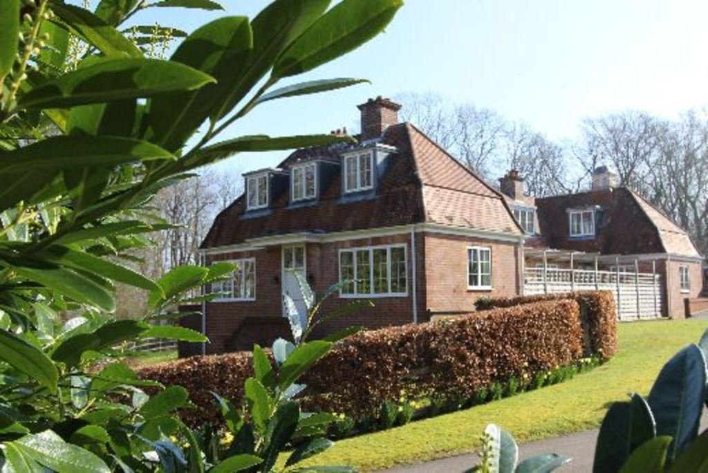 Holiday home with  Parking in New forest