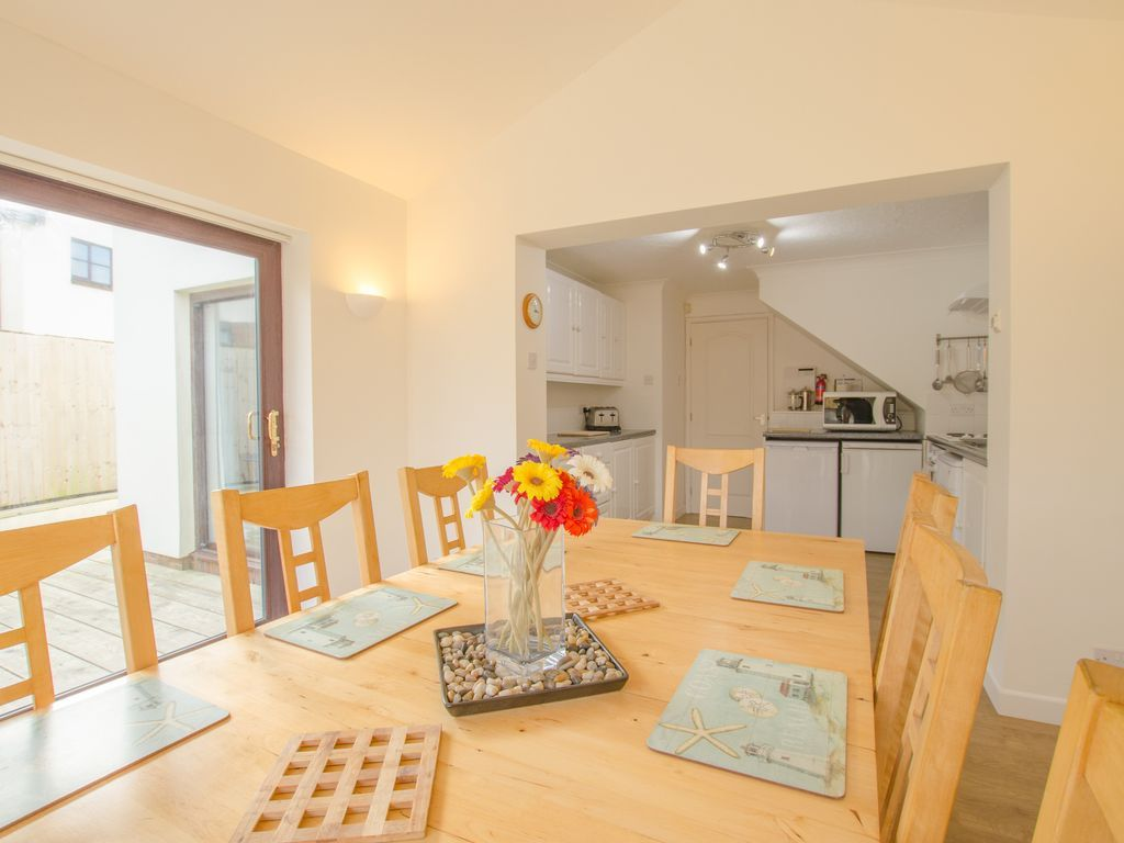 Homely apartment in Croyde of 4 bedrooms
