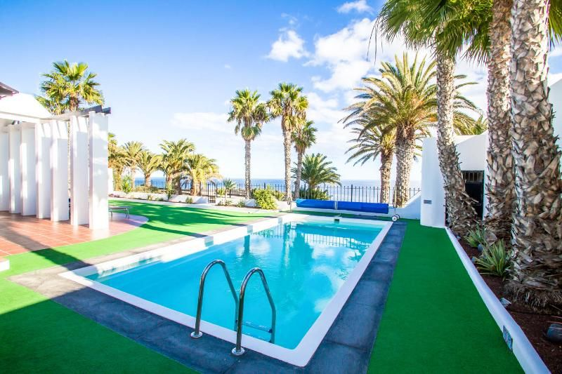 Amazing Villa on the Ocean