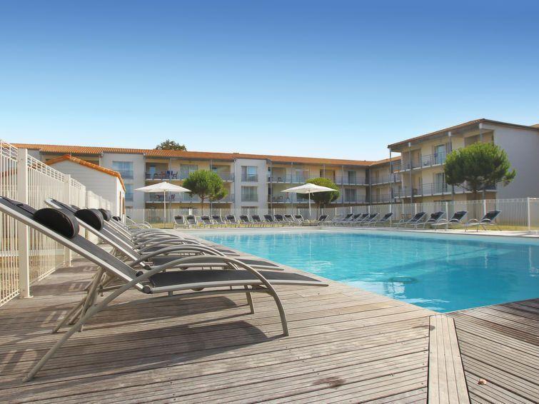 Apartamento con piscina en Lagord