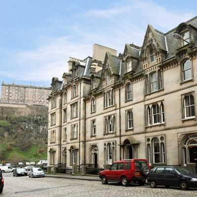 Central holiday home in Edinburgh for 5