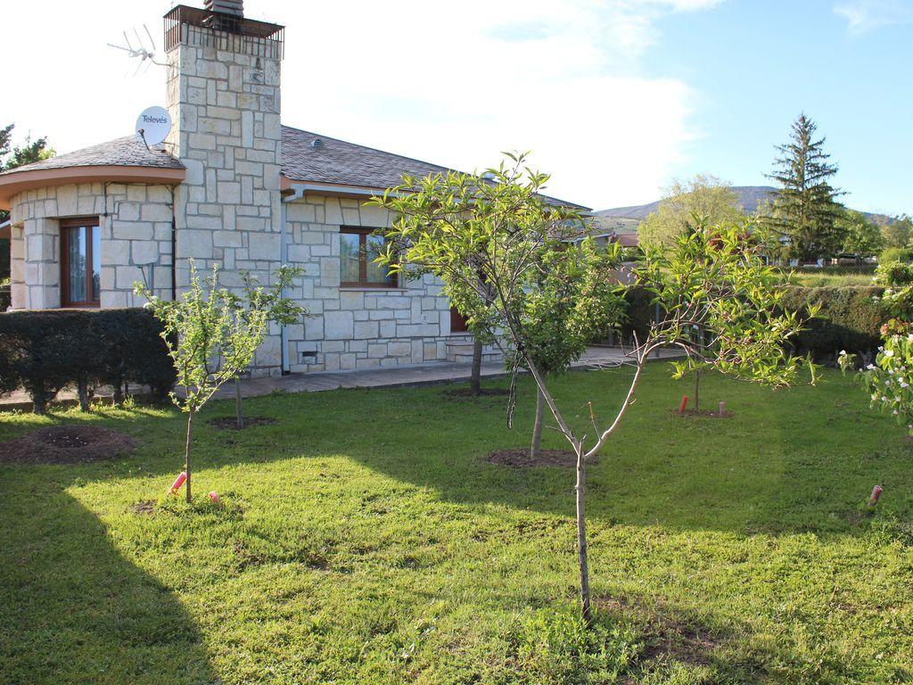 Alojamiento con jardín de 3 habitaciones