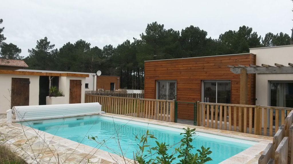 Vivienda con piscina para 8 huéspedes