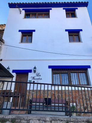 Residencia de 3 habitaciones en Montán