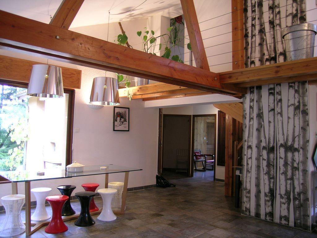 Residencia para 9 personas de 4 habitaciones