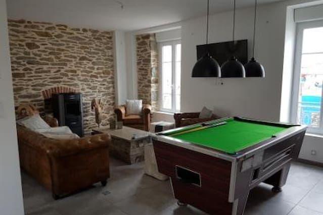 Residencia para 8 personas de 4 habitaciones