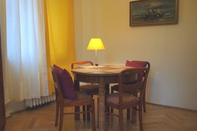 Elegant Apartment in Old Town of Gdansk Ogarna St