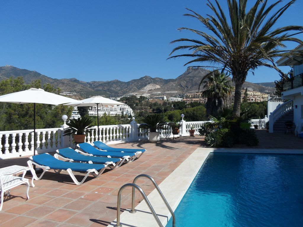 Central holiday home with Parking and Heating in Benalmádena