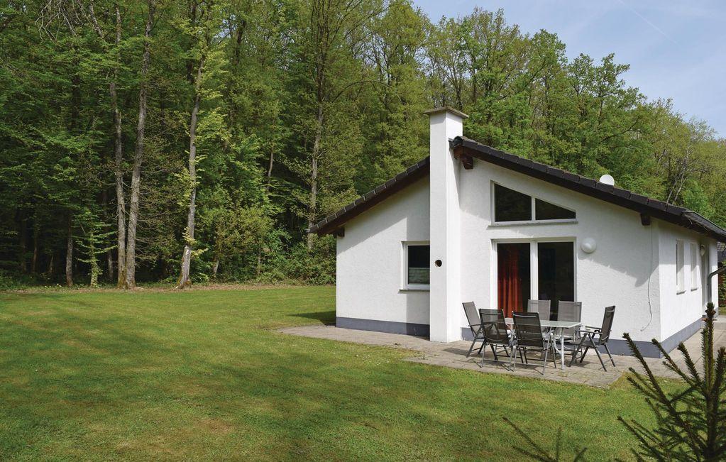 Práctica vivienda en Gerolstein/hinterhaus.
