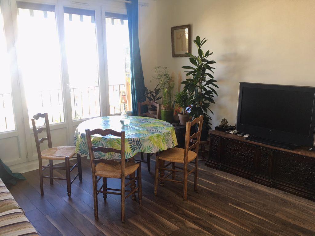 Hébergement à 2 chambres à Montrouge