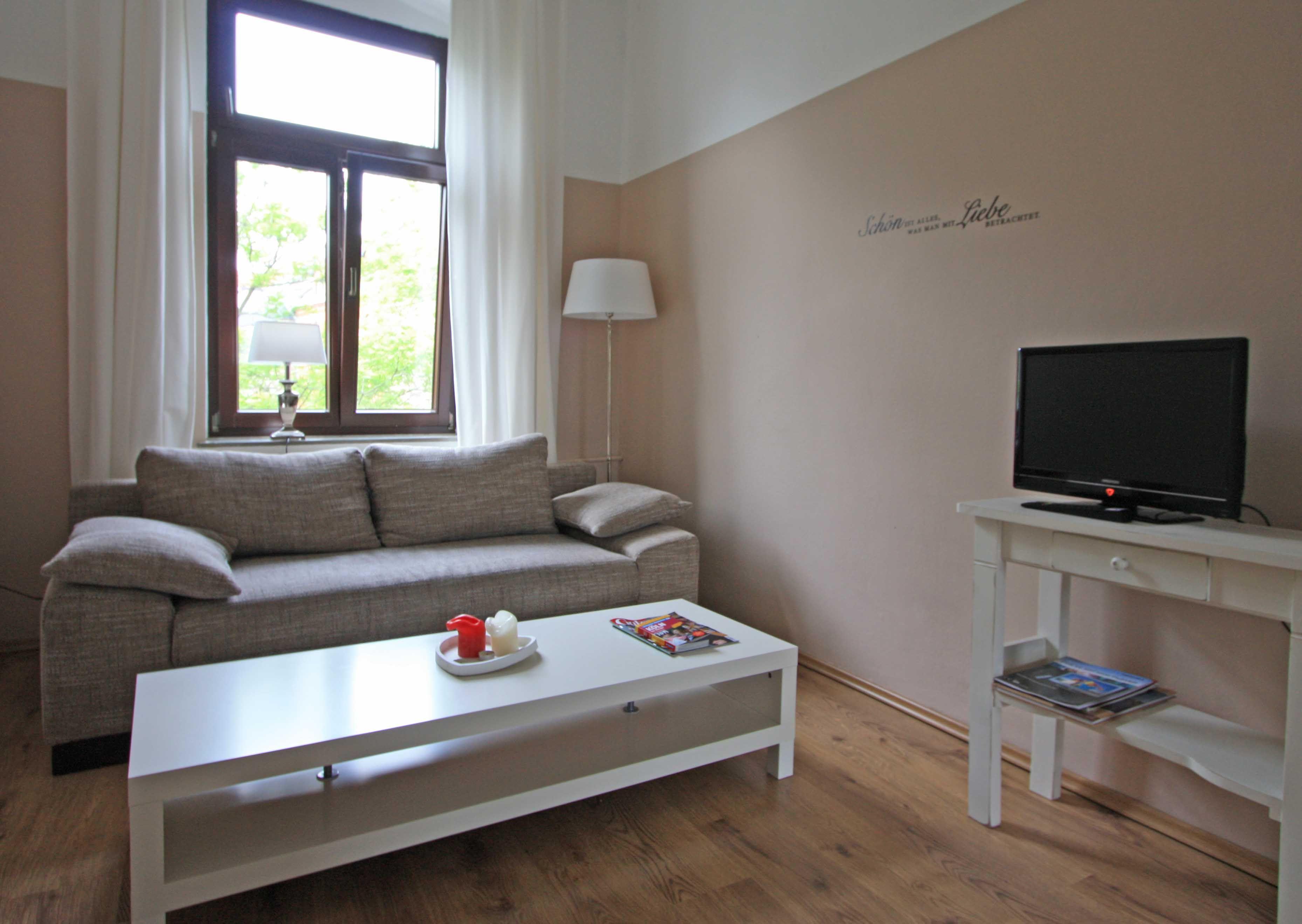 Apartamento con estilo con TV y Sábanas y toallas en Colonia