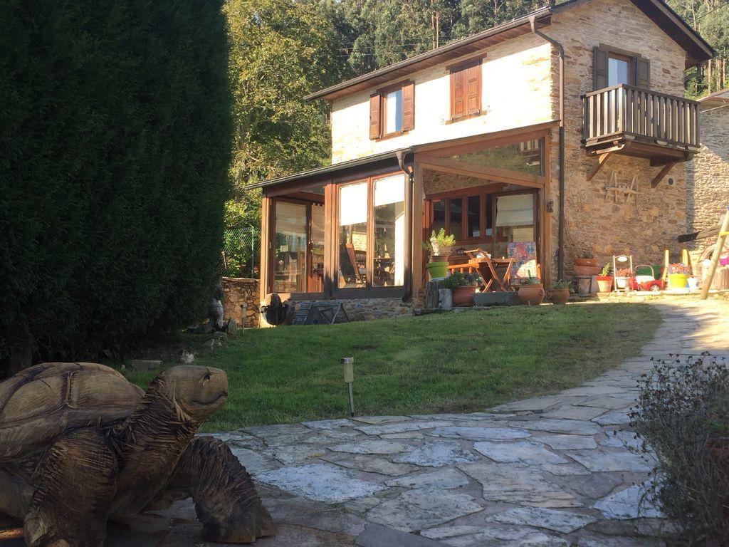 Alojamiento de 75 m² con jardín