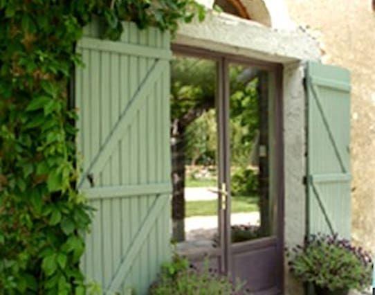 Vestry, Le Jardin du Cure, Tarn, France