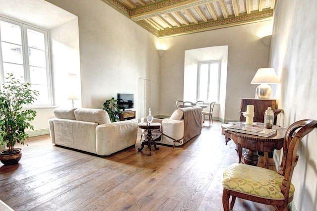 Popular apartamento para 5 huéspedes