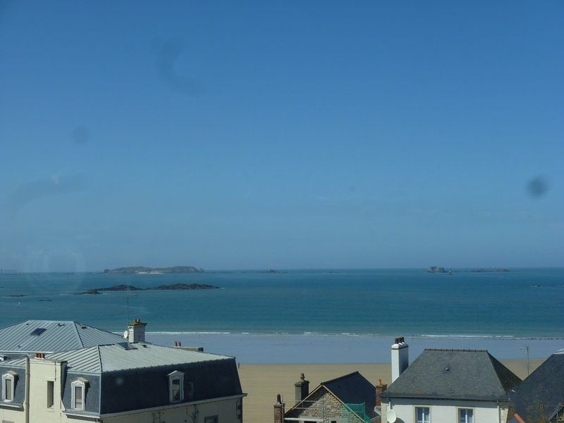 Flat in Saint-malo with 2 rooms