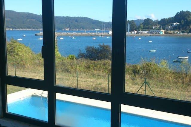 Apto con vistas,terraza y piscina