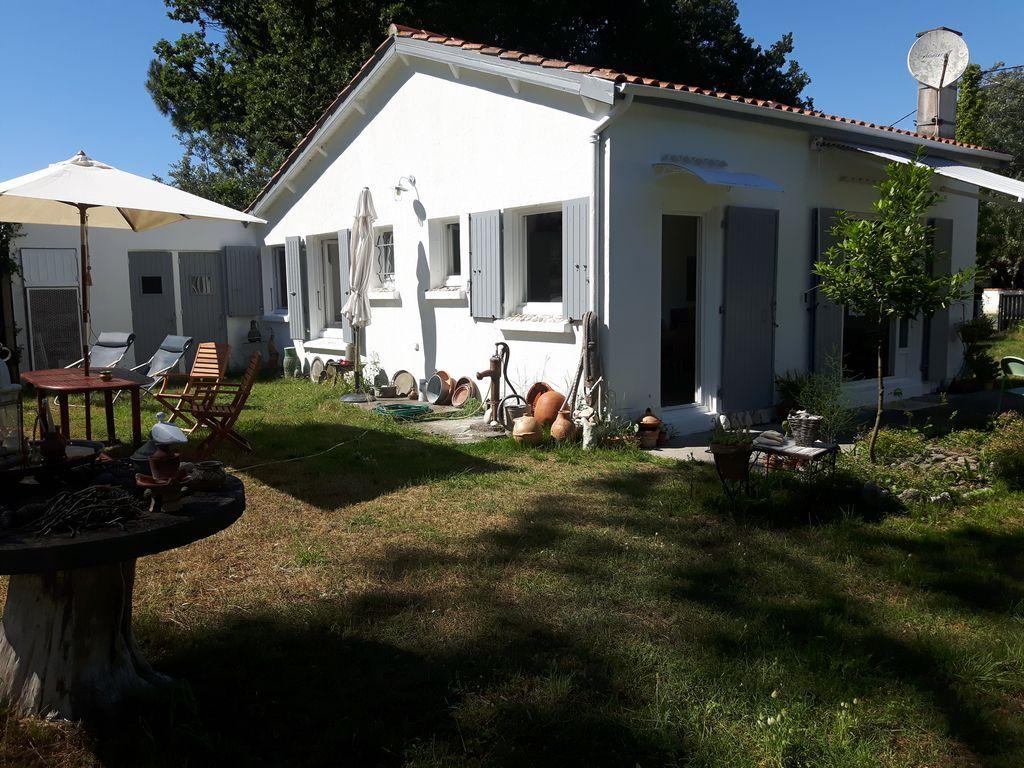 Residencia provista de 80 m²