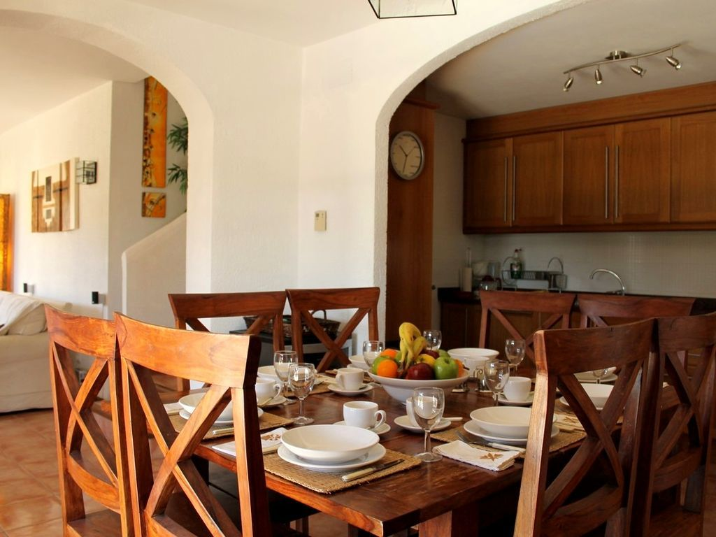 Holiday rental with Bed linen and towels and Heating in Costa brava