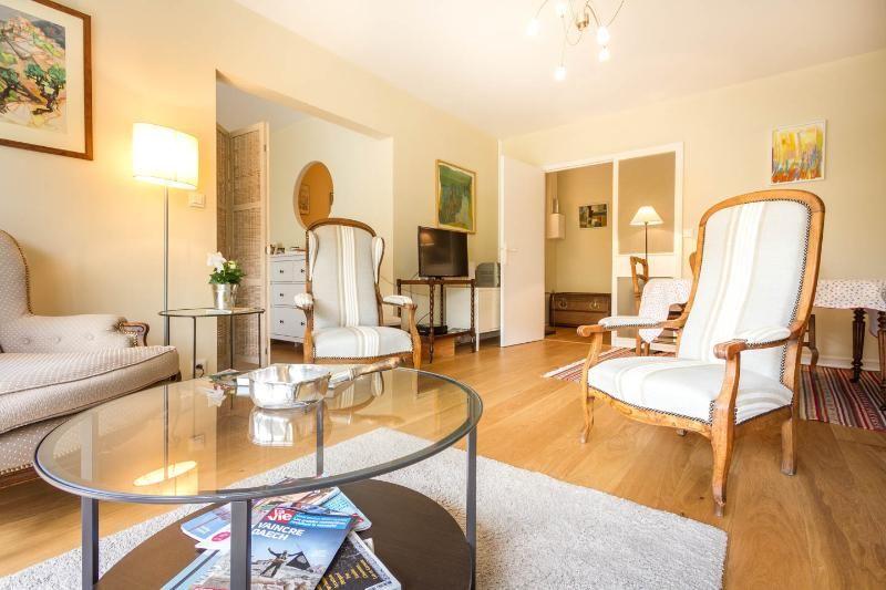 Bordeaux appartement 4 à 5 personnes + Parking