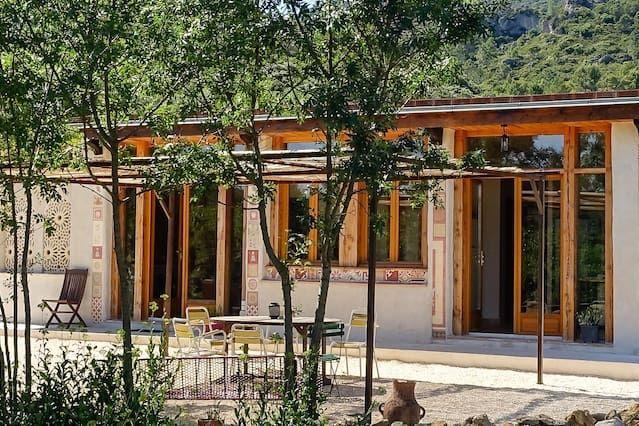 Casa en Mourèze de 3 habitaciones
